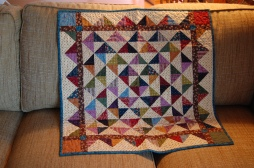 02 14 2018 auction quilts 003