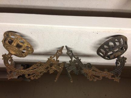 Cast Iron Oil Lamp Wall Brackets