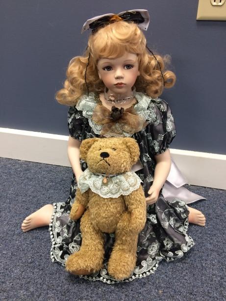Collector Series Geppeddo Doll, Sydney